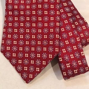 Brooks Brothers 100% Silk patterned Neck Tie